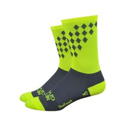 DEFEET HITOPS NEVER GIVE UP